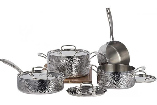 Free Vintage Hand Cookware Set