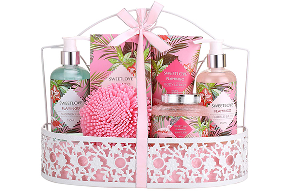 Free Mother's Day Spa Gift Set