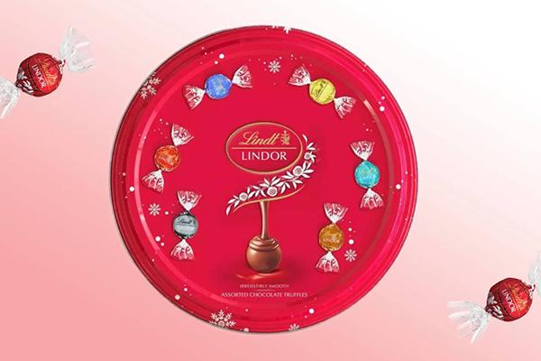 Free Lindt Christmas Chocolate Tin